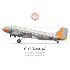 C-47 Dakota n°25, Madagascar Liaison Flight, French Naval Aviation, Andrakaka naval airbase, 1971